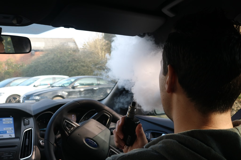 vaping and driving law
